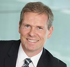 About Hannes Smárason